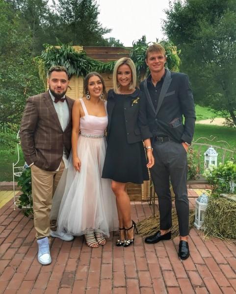 Платье на свадьбу для мужа