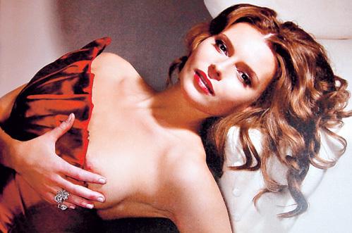 tolkalina-eroticheskie-foto