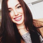 Беременная Анастасия Костенко увеличила губы