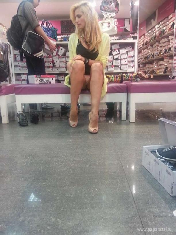 магазине без в трусиков девушки