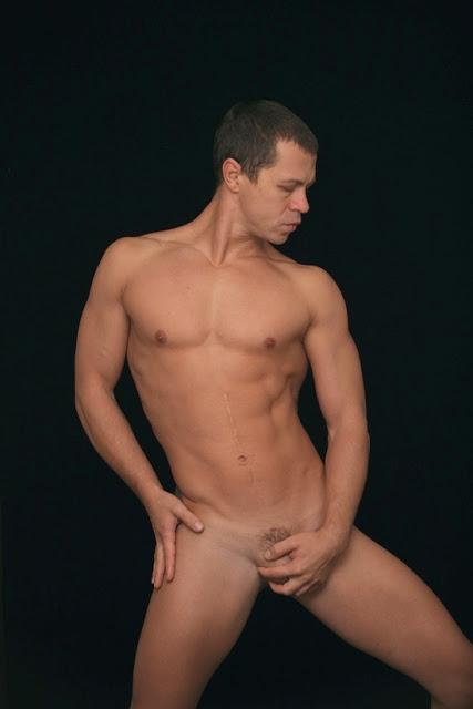 дворе были русские актеры голые очень до-роги